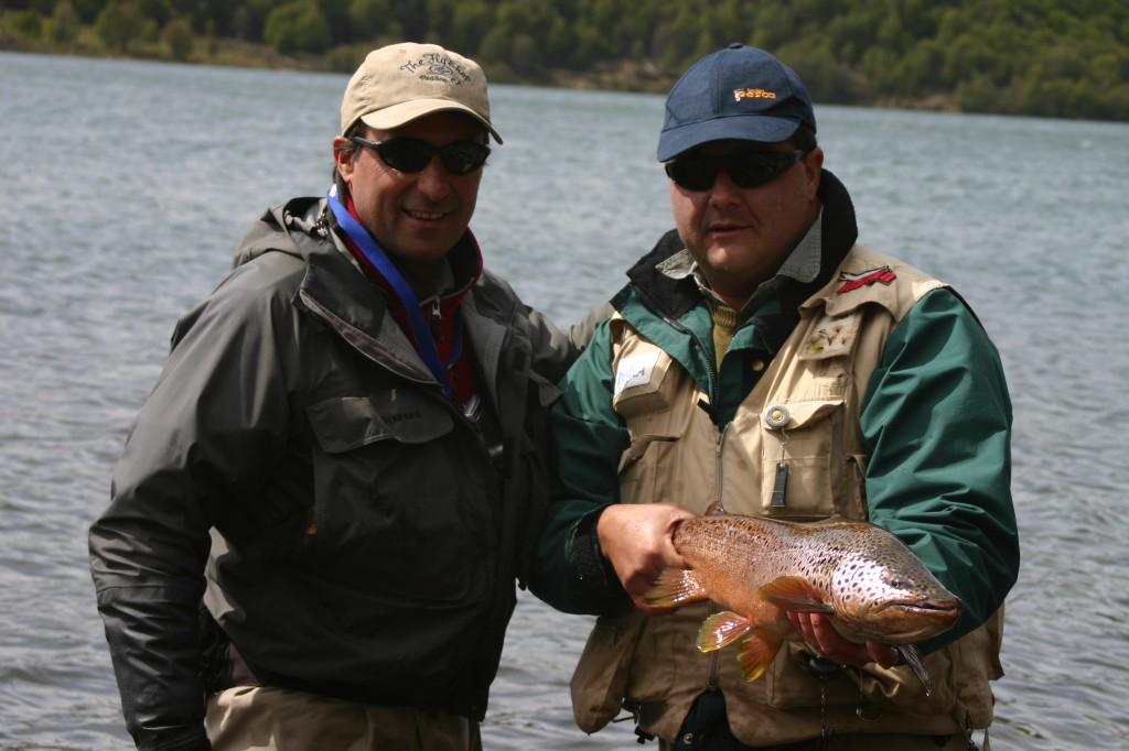 Guía de pesca, viaje de pesca.