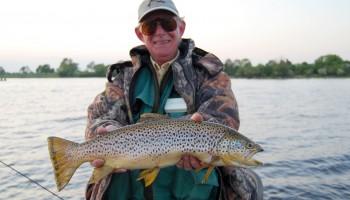 trucha y salmón patagonia, pescar en los andes, viaje de pesca, truchas grandes