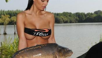 pescar, mujeres, desnudas, modelos, facebook
