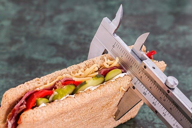 Sandwich encontrado en el interior de un pez